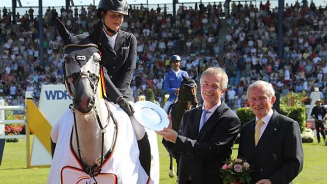 Reitsport-Nachrichten.eu CHIO 2014: Katrin Eckermann gewinnt den NRW-Preis