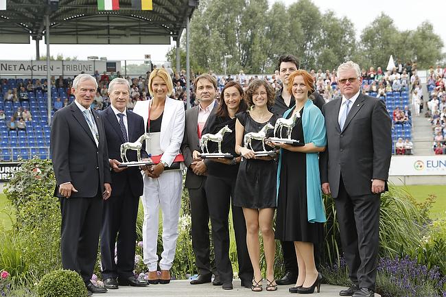 CHIO Aachen 2014: Gewinner des Silbernen Pferdes 2014 im Hauptstadion geehrt