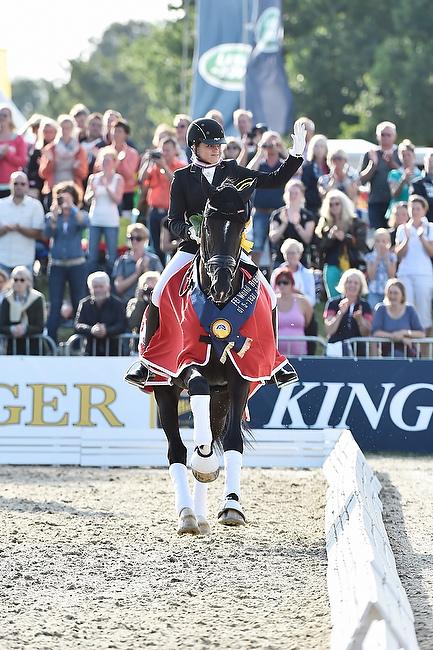 Dorothee Schneider in Verden - Reitsport-Nachrichten.eu