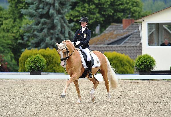 Deutsche Pony-Mädels sichern Nationenpreis