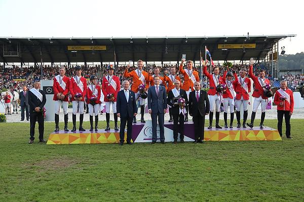 Reit-EM Aachen 2015: Gold für das Team Niederlande